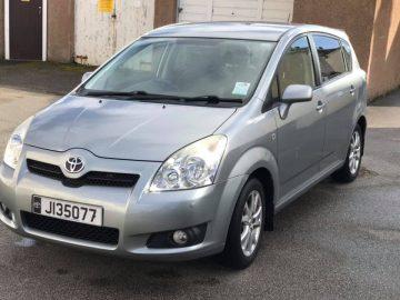 7 Seat Toyota Corolla Verso